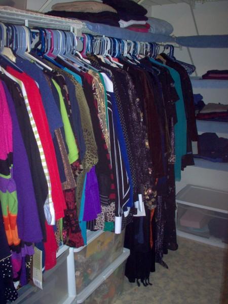 closet-ater-2